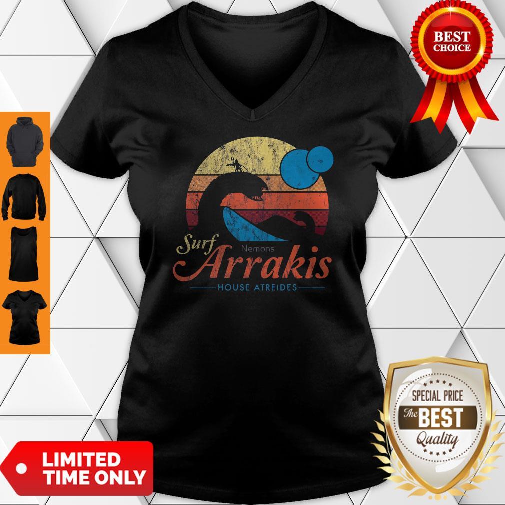 Visit Arrakis Vintage Distressed Surf Dune Sci Fi Slim Fit V-neck